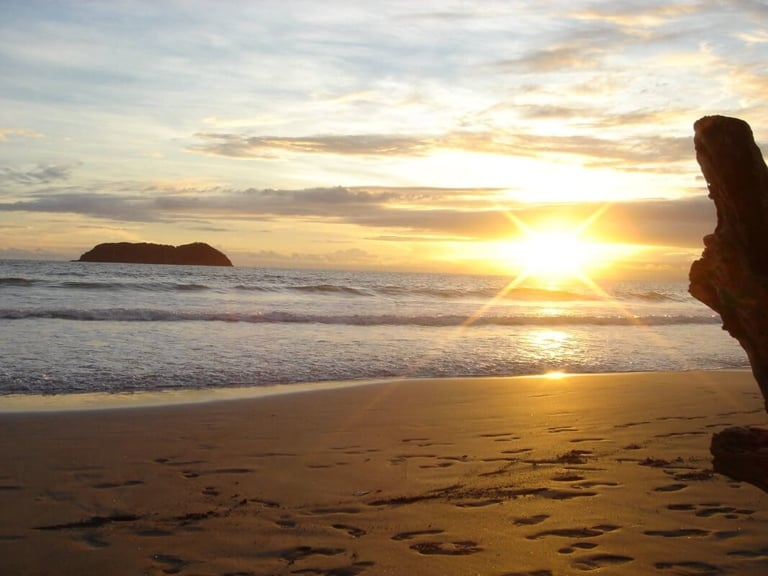 Beach sunset. Wilderness and Adventure Therapy for Young Adults. Pure Life in Costa Rica.a