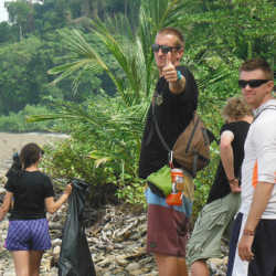 Students on the beach. Wilderness and Adventure Therapy for Young Adults. Pure Life in Costa Rica.