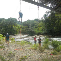 Young adults descending. Wilderness and Adventure Therapy for Young Adults. Pure Life in Costa Rica.