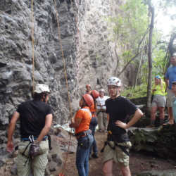 Students rock climbing. Wilderness and Adventure Therapy for Young Adults. Pure Life in Costa Rica.